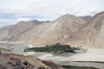 custom tours to india, Ladakh